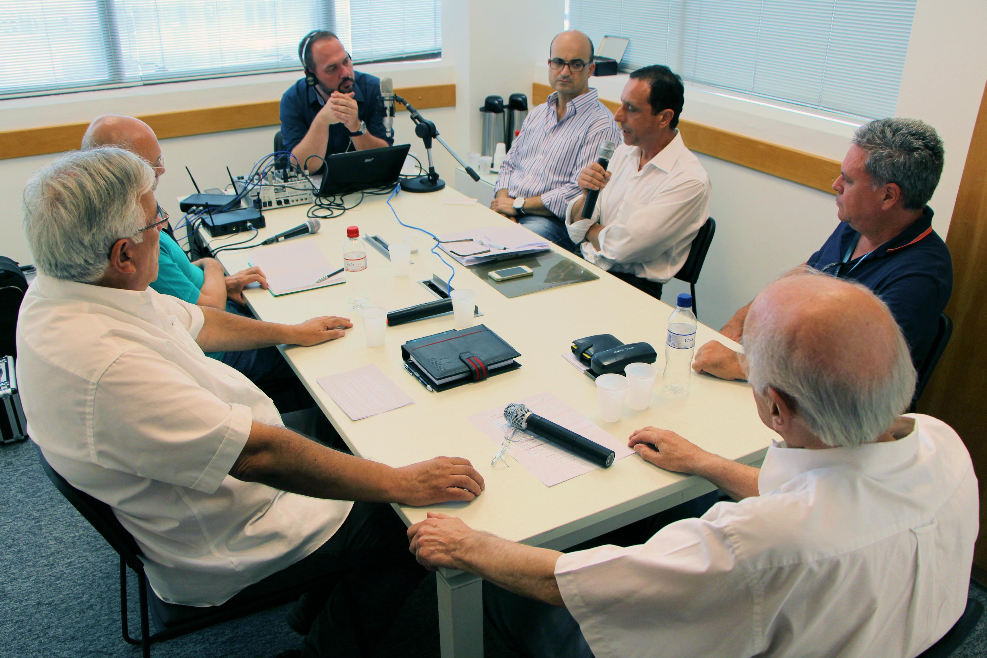 Mesa de debate do primeiro programa Uma Tarde no CAU/RS.