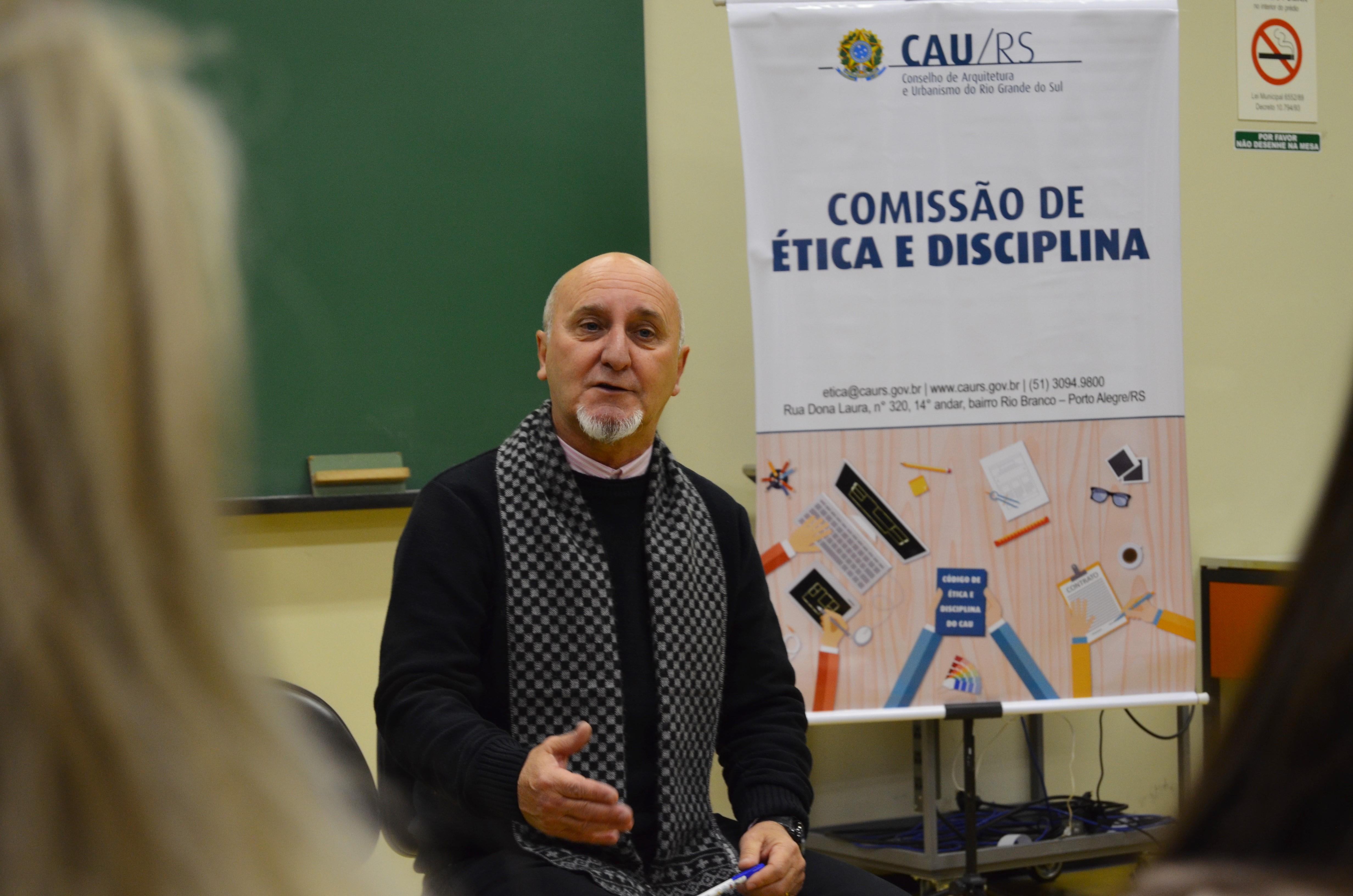 Conselheiro Rui Mineiro da Comissão de Ética e Disciplina do CAU/RS.