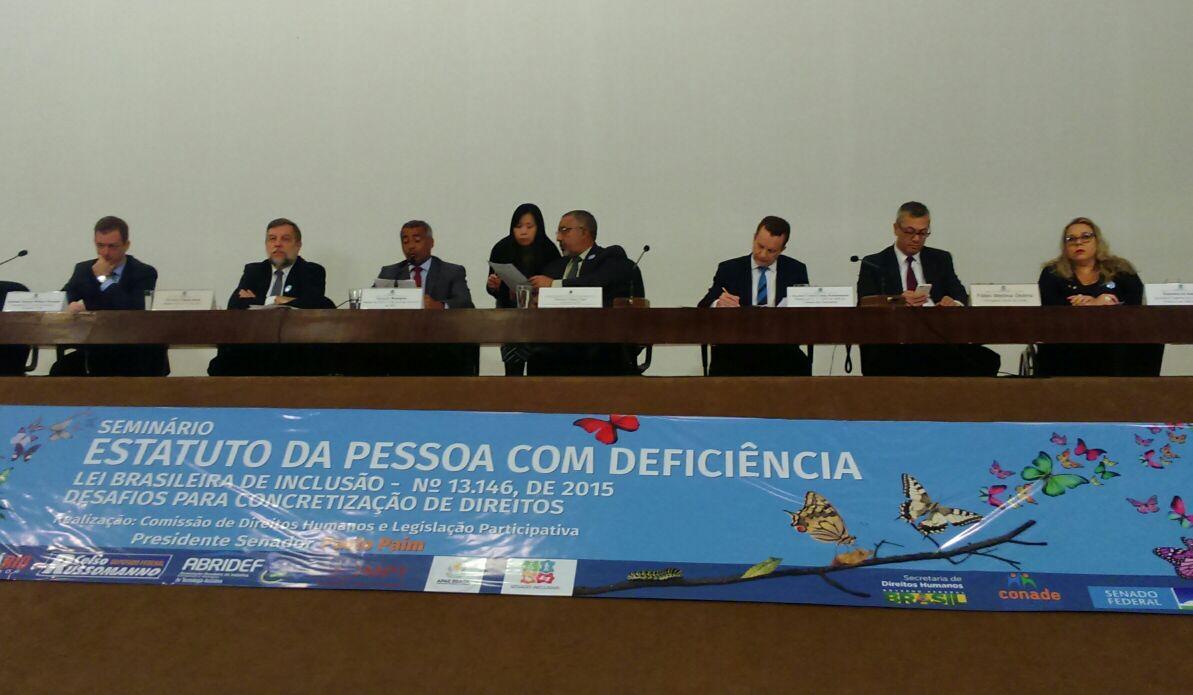 """Seminário """"Estatuto da Pessoa com Deficiência"""" ocorreu em Brasília."""